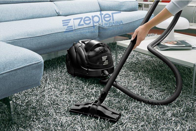 Уборка пылесосом - с использованием фильтра мокрого всасывания.